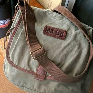 NWOT Duluth Shoulder Bag
